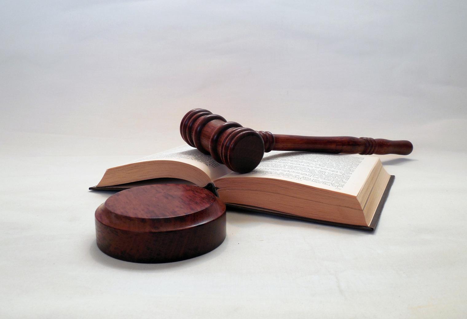 Rechtliche-Vertretung
